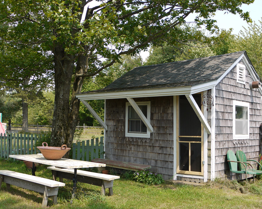 garden-shed-guest-house-1