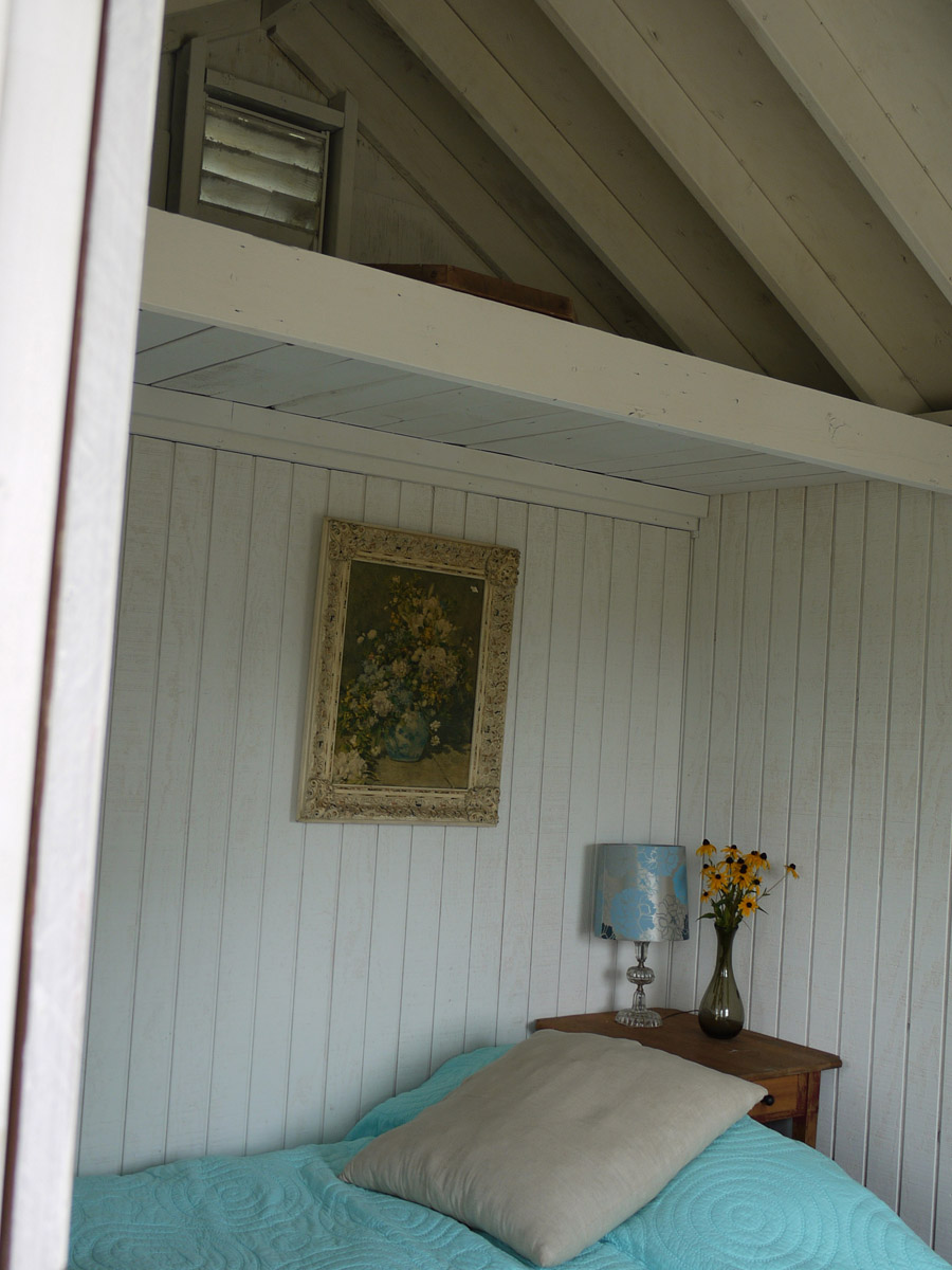 garden-shed-guest-house-2