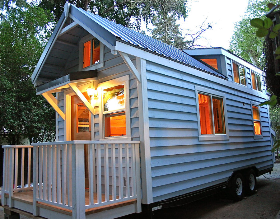 cape-cod-molecule-tiny-homes-1
