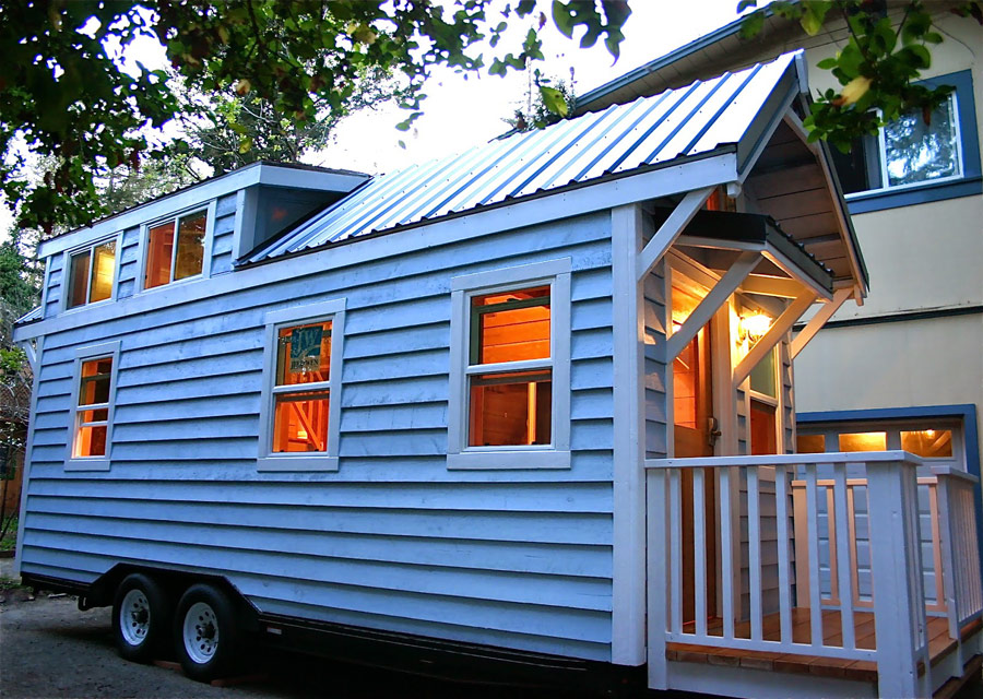 cape-cod-molecule-tiny-homes-12