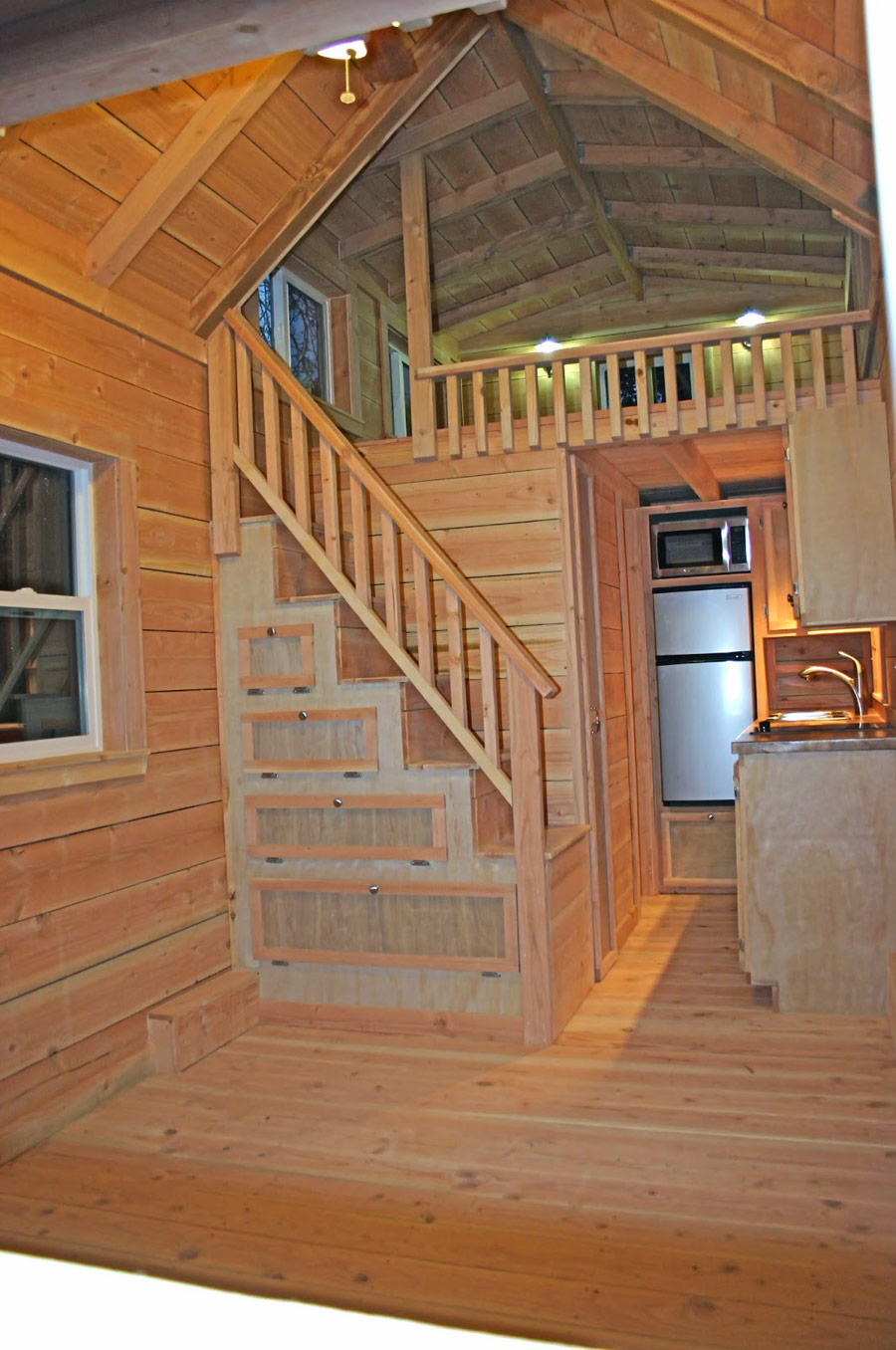 cape-cod-molecule-tiny-homes-3