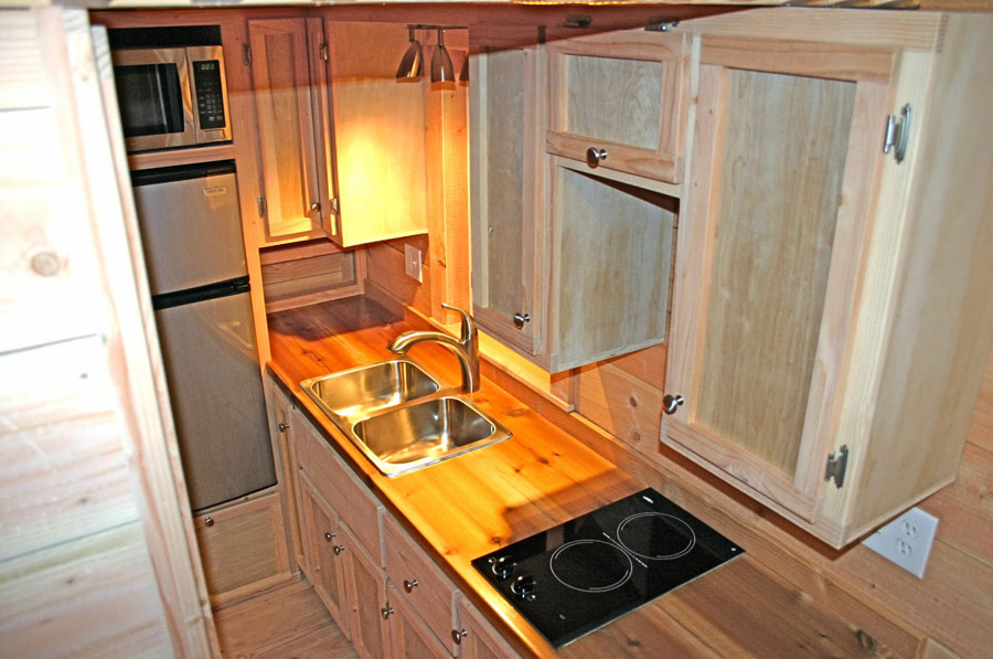 cape-cod-molecule-tiny-homes-8
