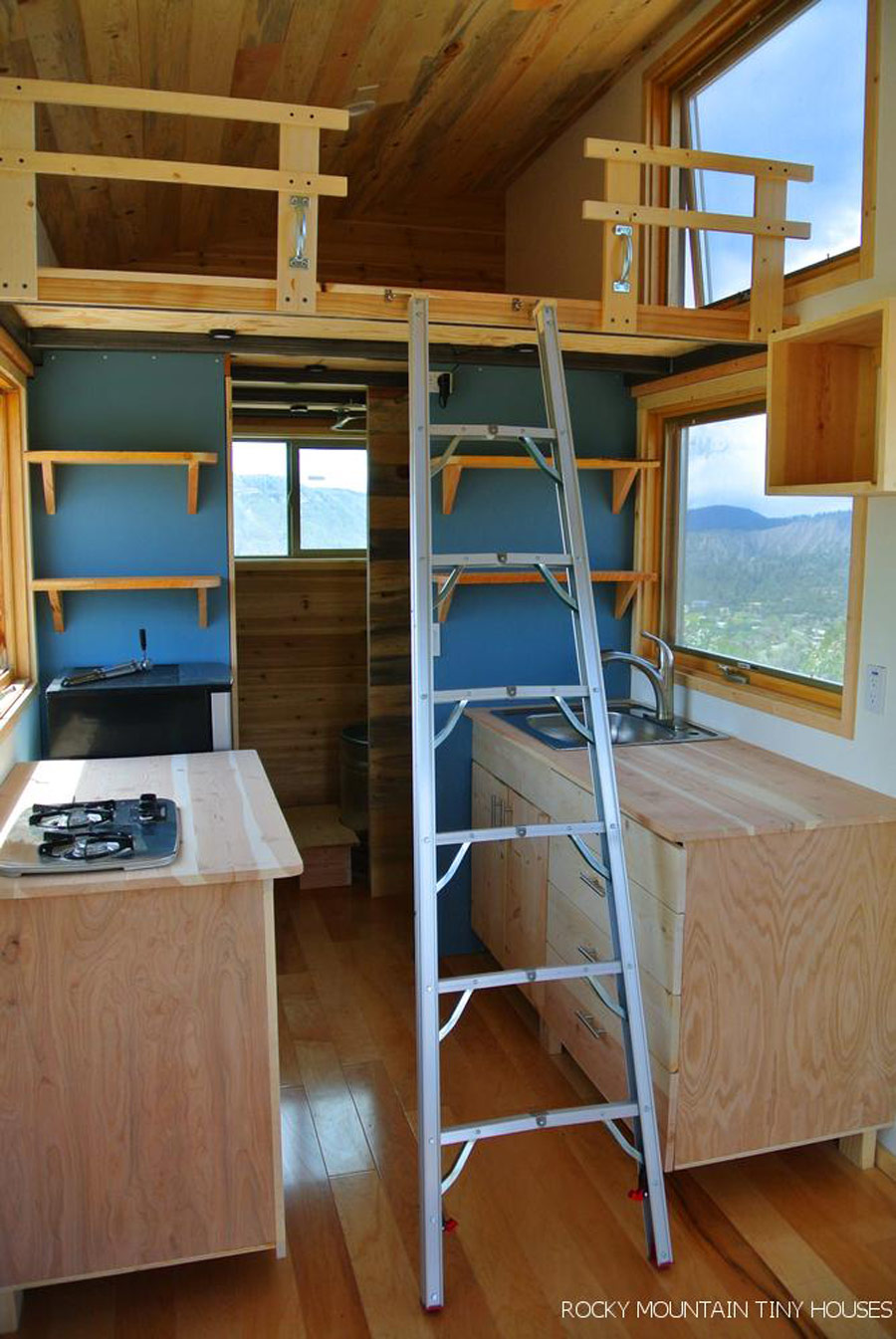 front-range-rocky-mountain-tiny-houses-3