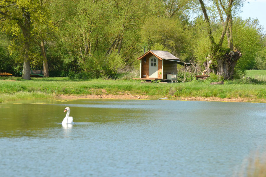 kingfisher-hut-rushy-meadows-4