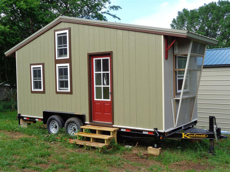 larrys-tiny-house-1