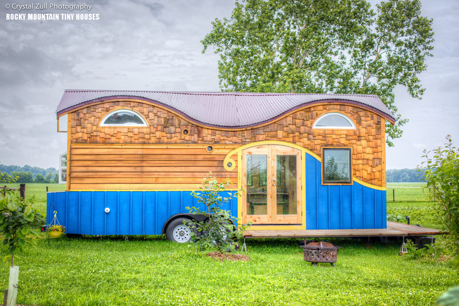 pequod-tiny-house-rocky-mountain-tiny-houses-1