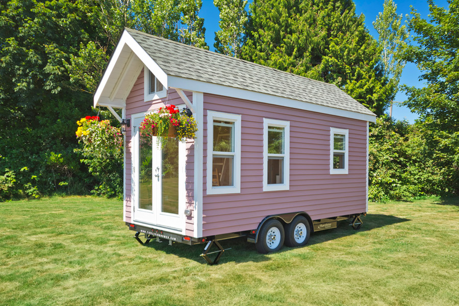 tiny-pink-home-tiny-living-homes-16