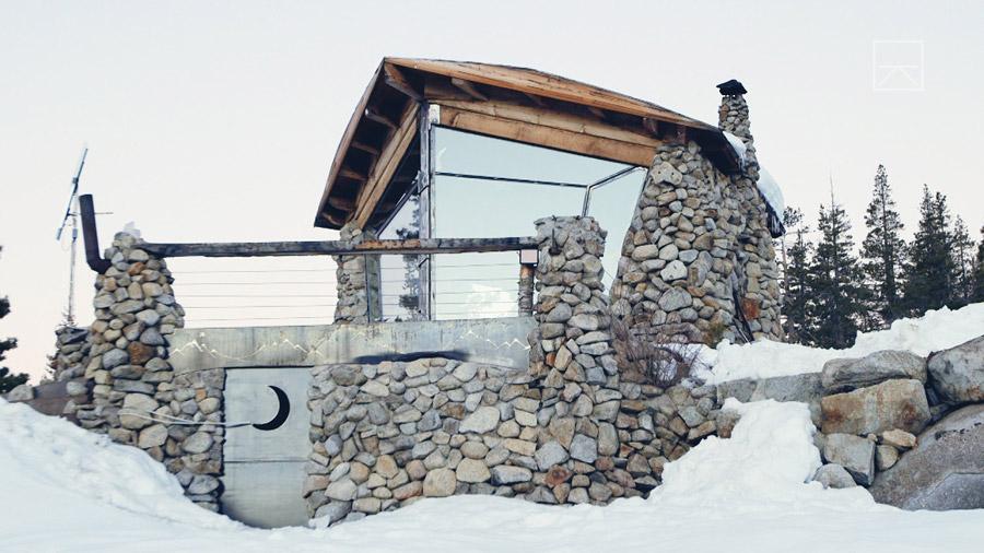 truckee-off-grid-cabin-10