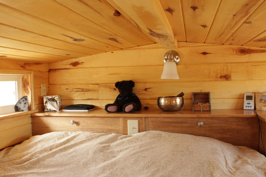 erin-and-dondis-tiny-house-5