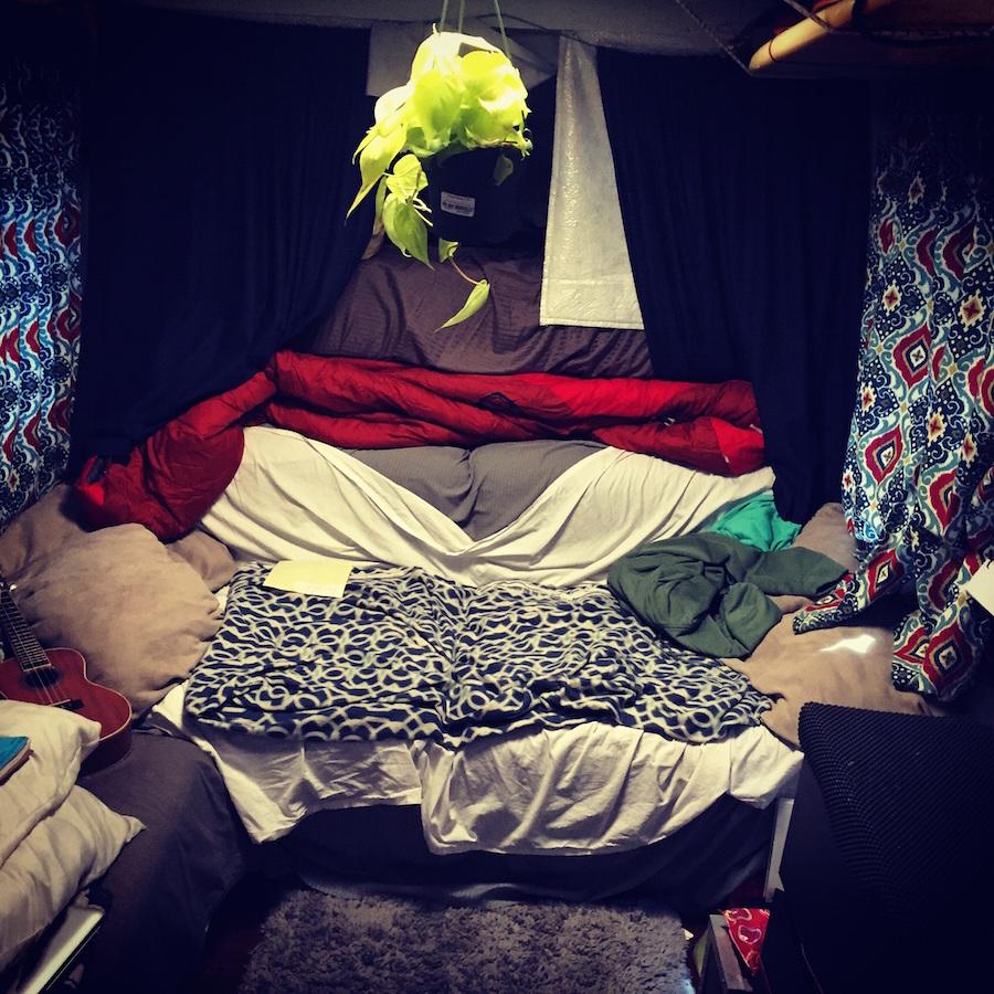 poorest-tourist-camper-3