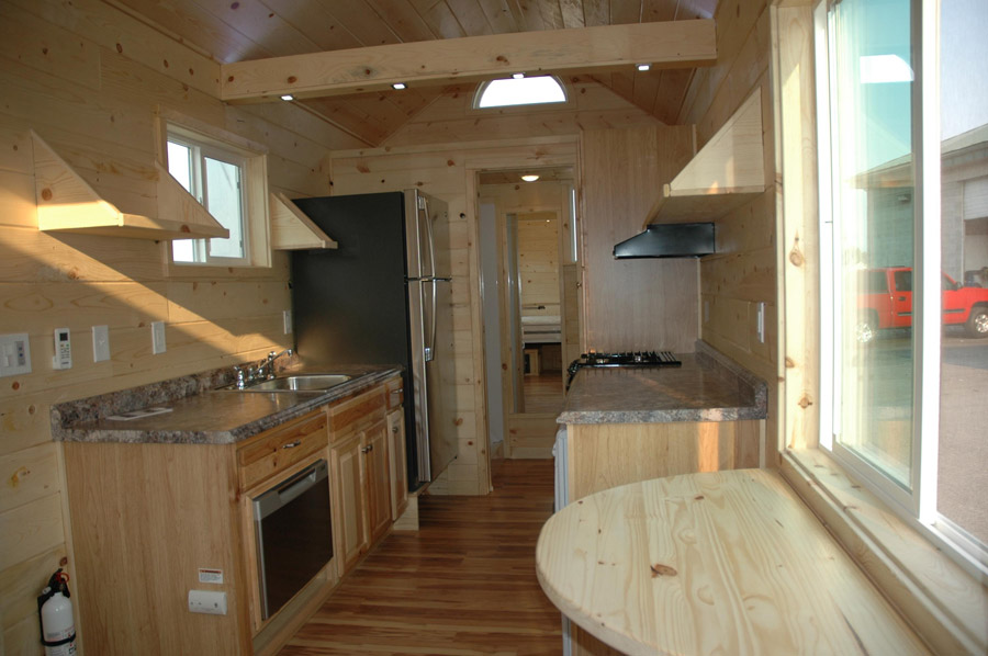 elecric bed tiny house 2 - Tiny House Pictures 2
