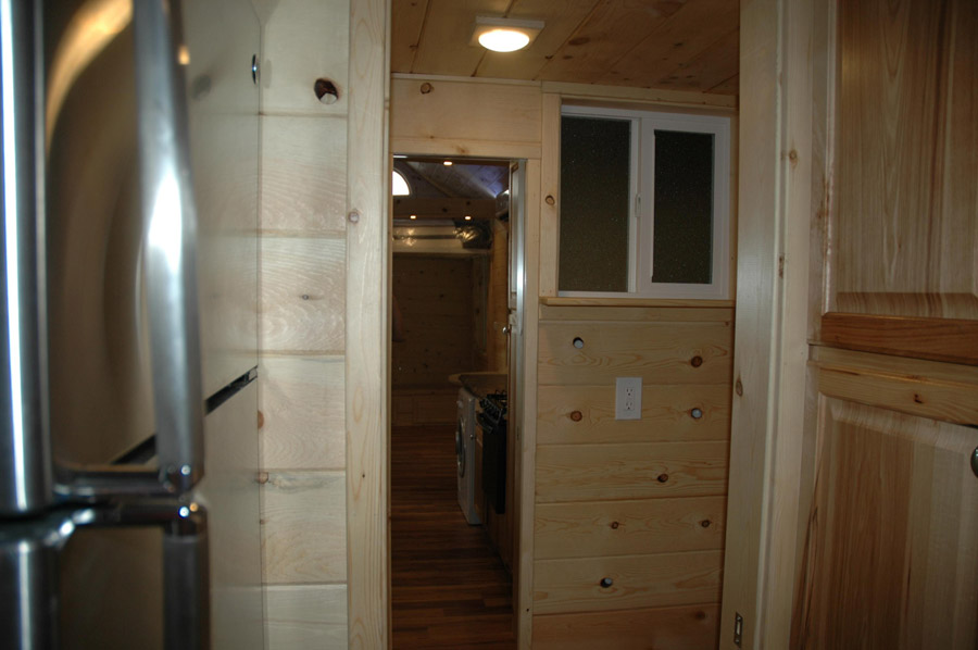 elecric-bed-tiny-house-3