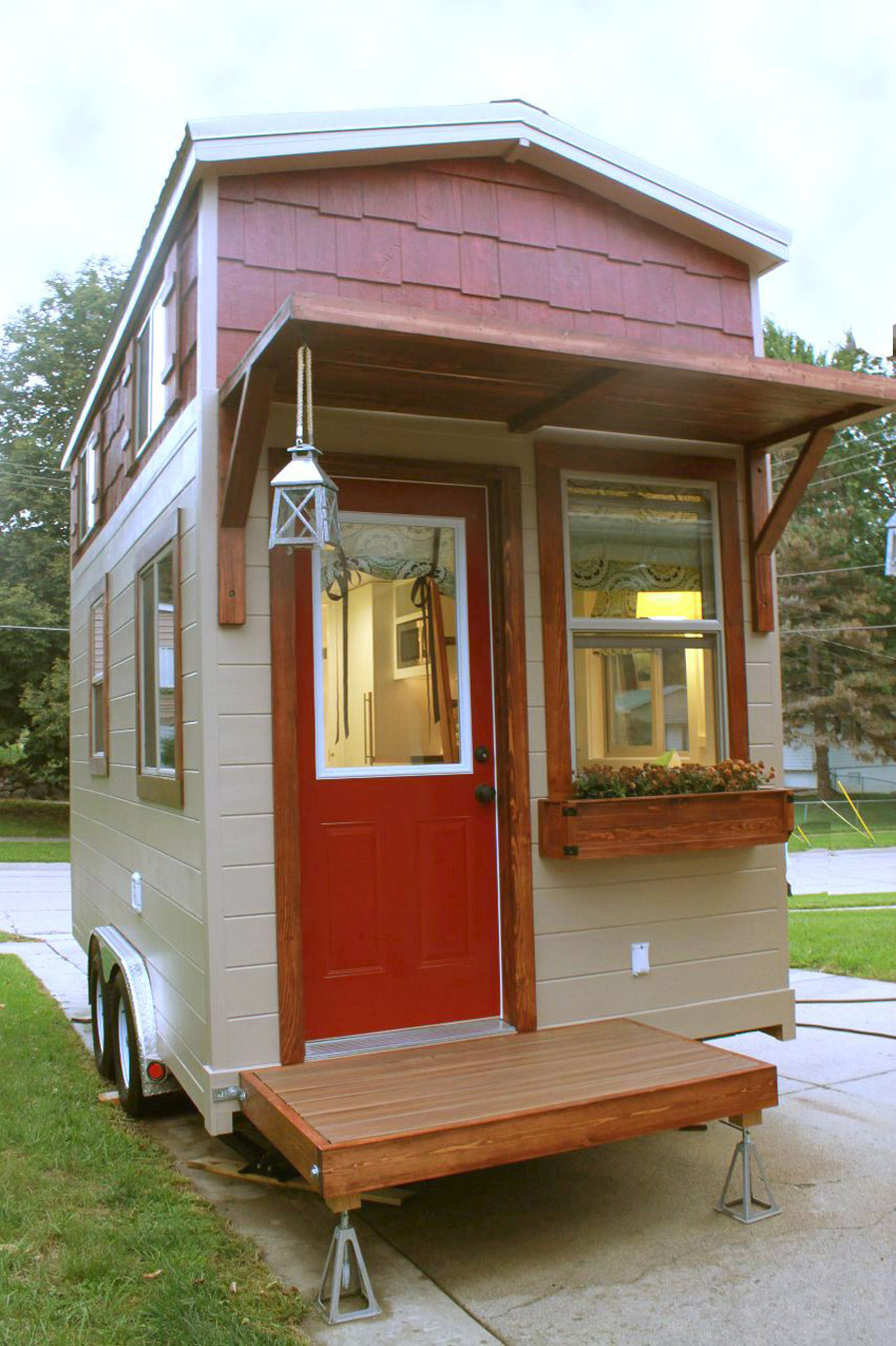 High plains tiny house tiny house swoon Tiny little houses on wheels