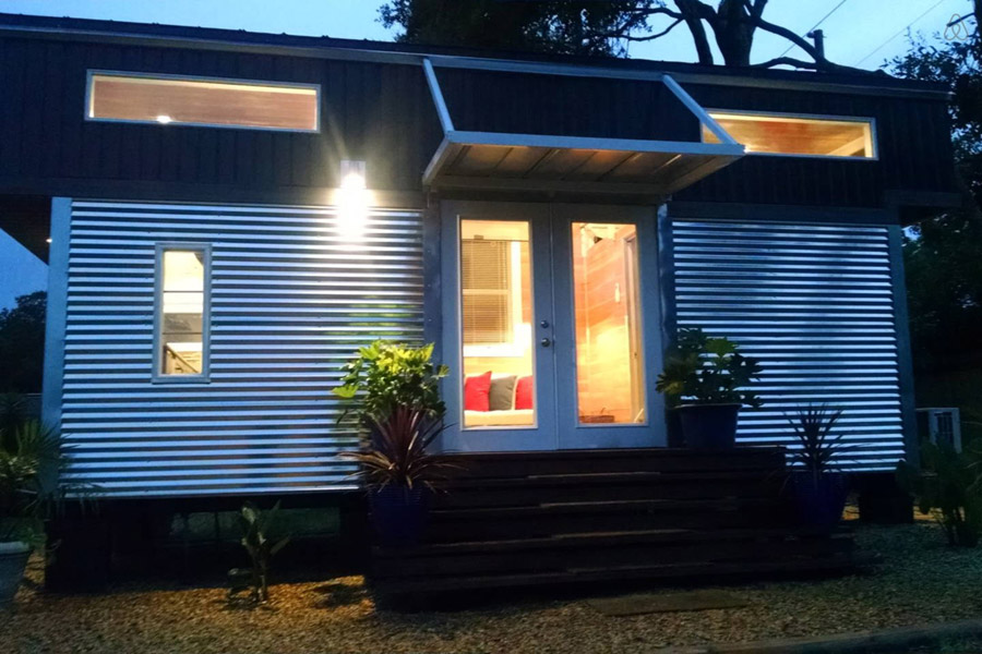 Alex and Rosas Tiny House Tiny House Swoon