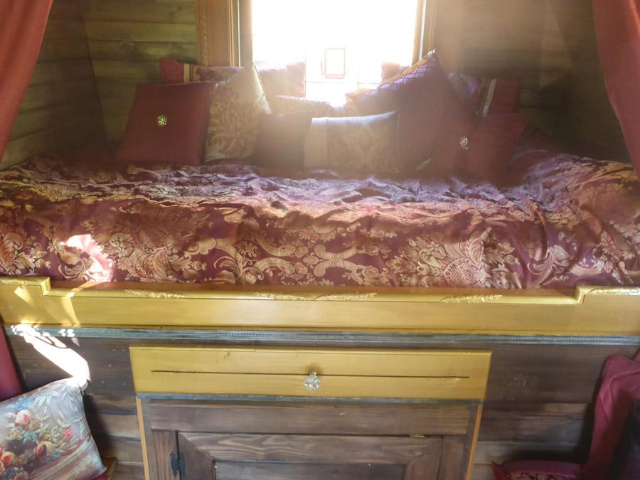 hailey-gypsy-wagon-4