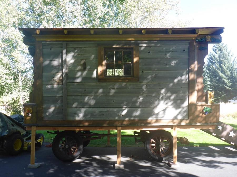 hailey-gypsy-wagon-9