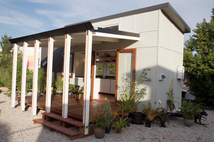 Brisbane Tiny House Built On Recycled Wood With Modern Furniture Addon