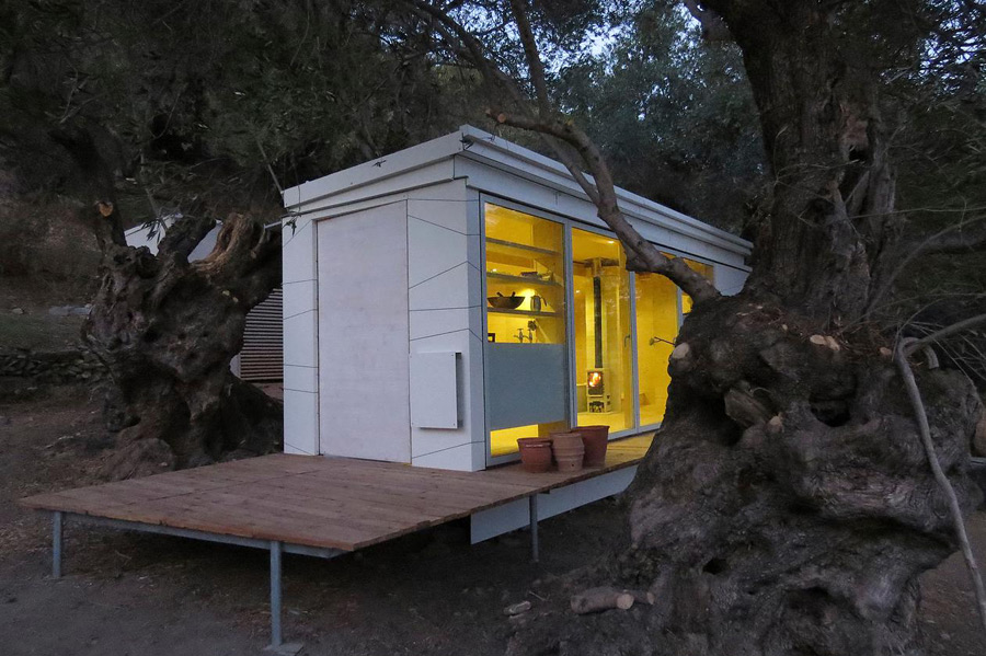 crete-tiny-house-echo-living-11