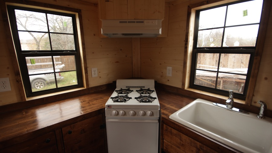 nomadic-tiny-house-3