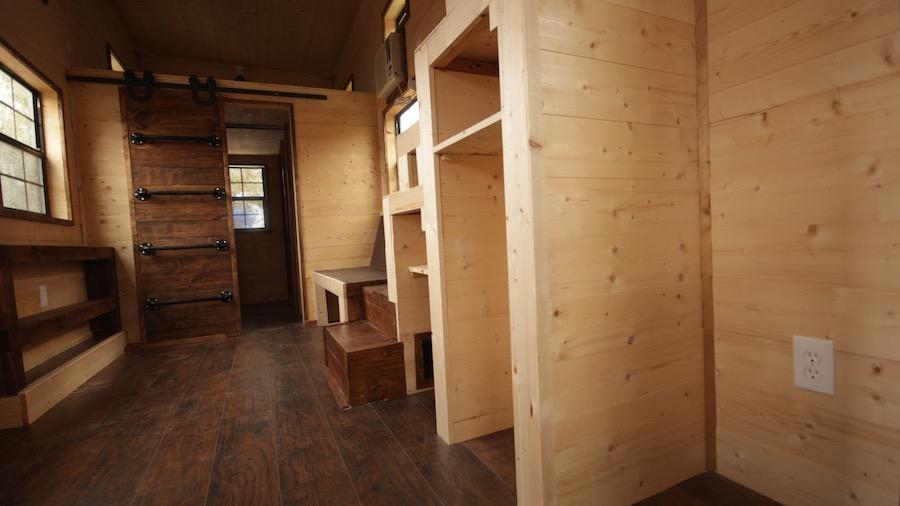 nomadic-tiny-house-6