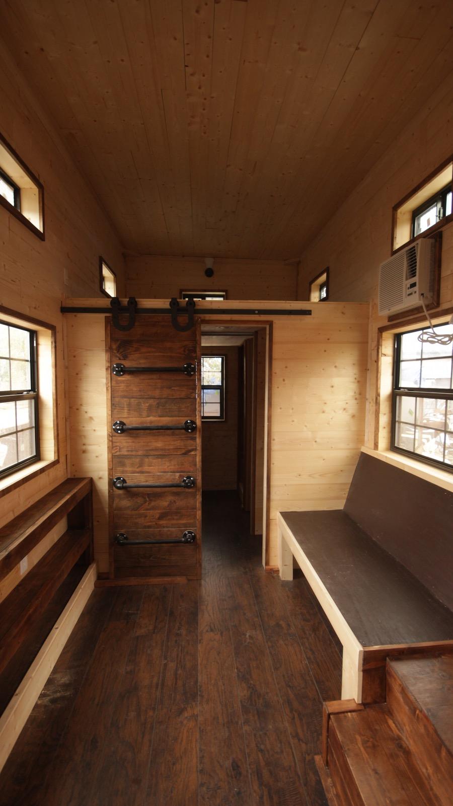 nomadic-tiny-house-8