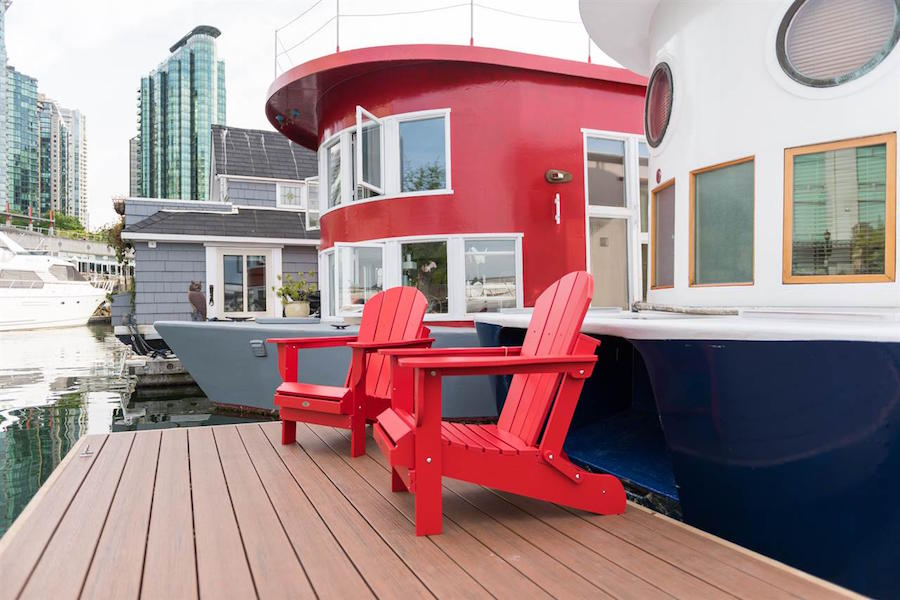 coal-harbour-floating-house-11