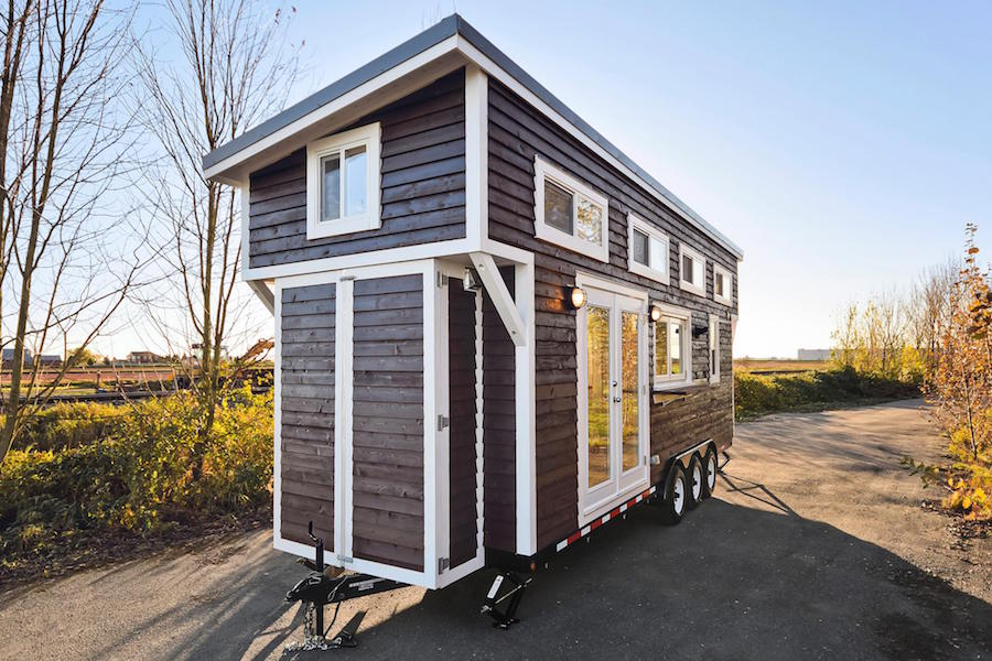 custom-tiny-living-home-1