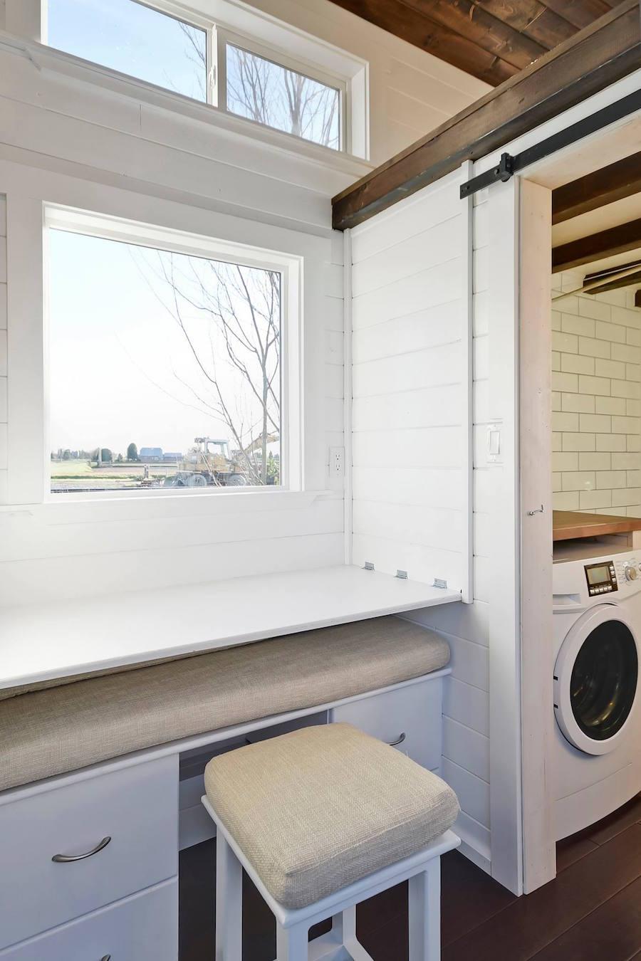custom-tiny-living-home-6