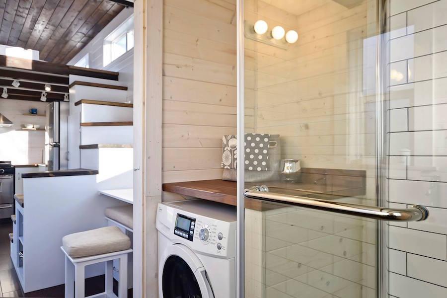 custom-tiny-living-home-9