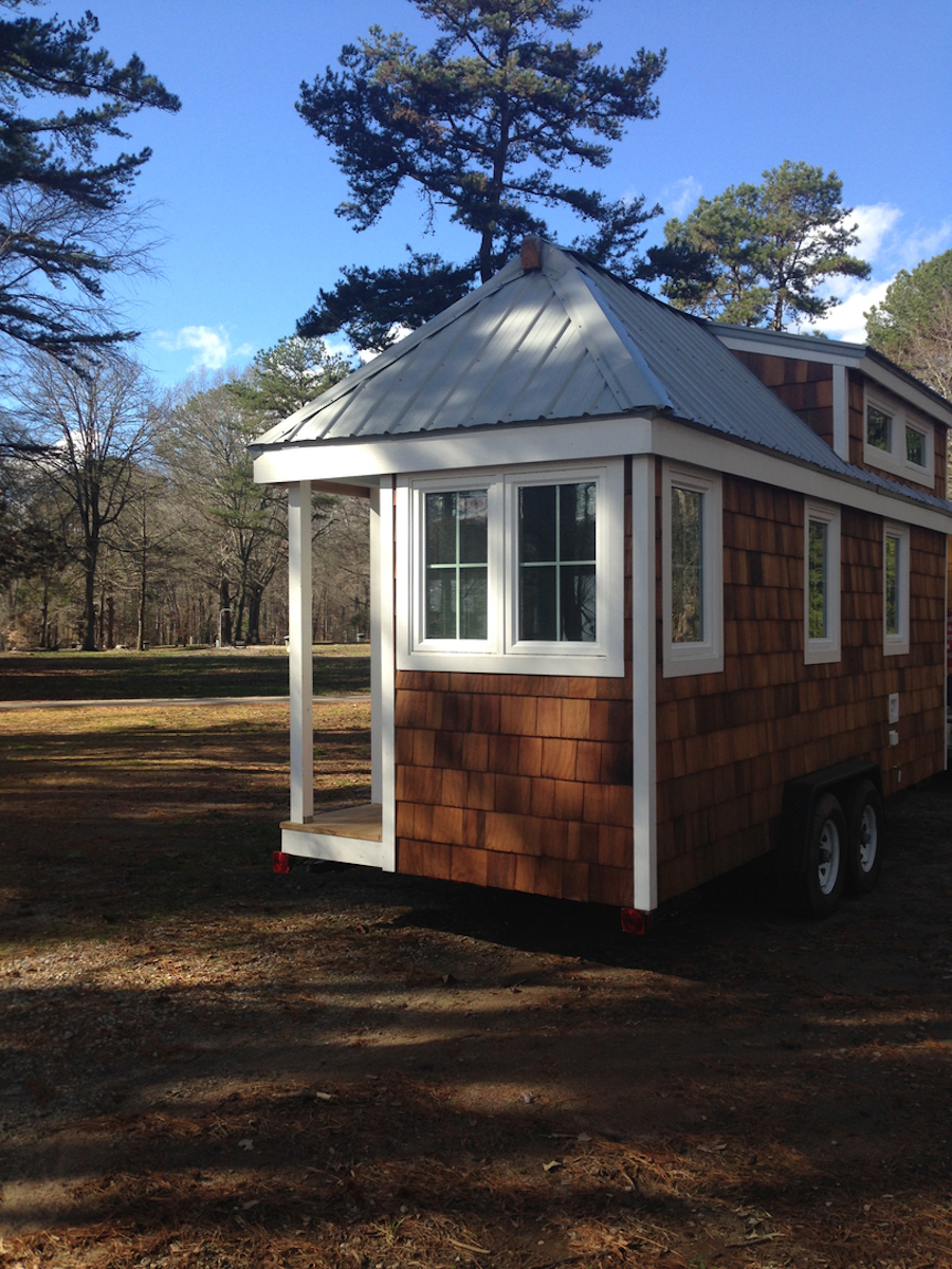 tiny house north carolina 600 sq ft 39 bearadise 39 tiny cabin