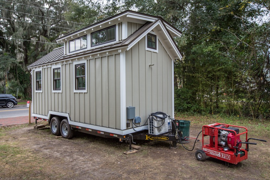 tiny-home-for-flood-victims-21