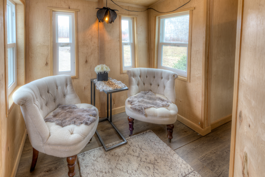 lewis-and-clarks-tiny-house-montana-3