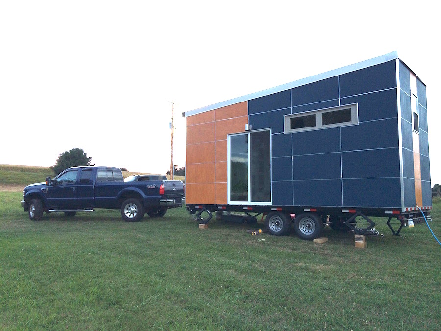 off-grid-sip-tiny-house-1