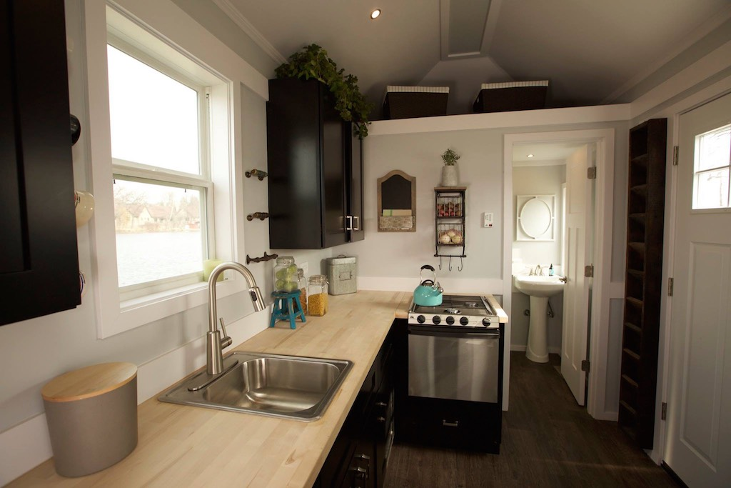 notarosa-titan-tiny-homes-3
