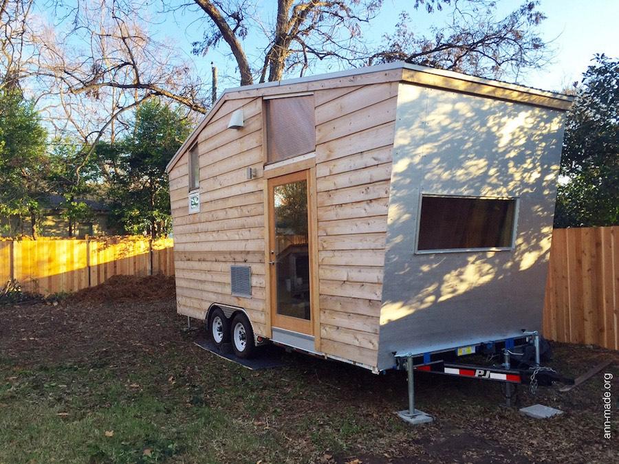 start-small-tiny-house-austin-texas-1