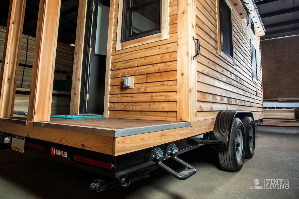 the-roving-tiny-living-84-lumber-11