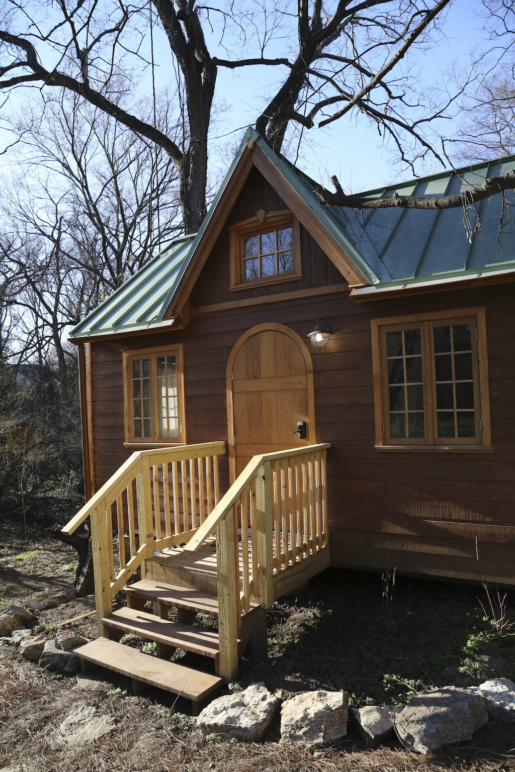 woodland-tiny-house-1