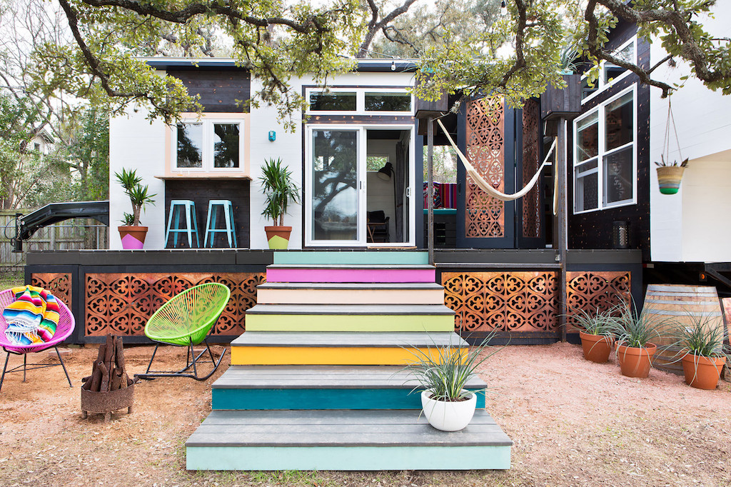 Compact austin home tiny house swoon for Austin house