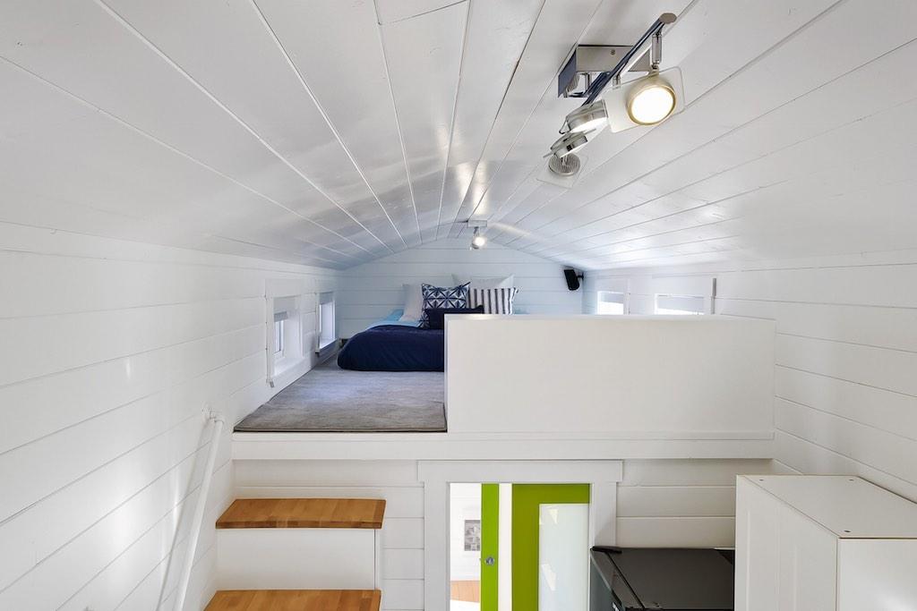 custom-tiny-tiny-living-homes-17