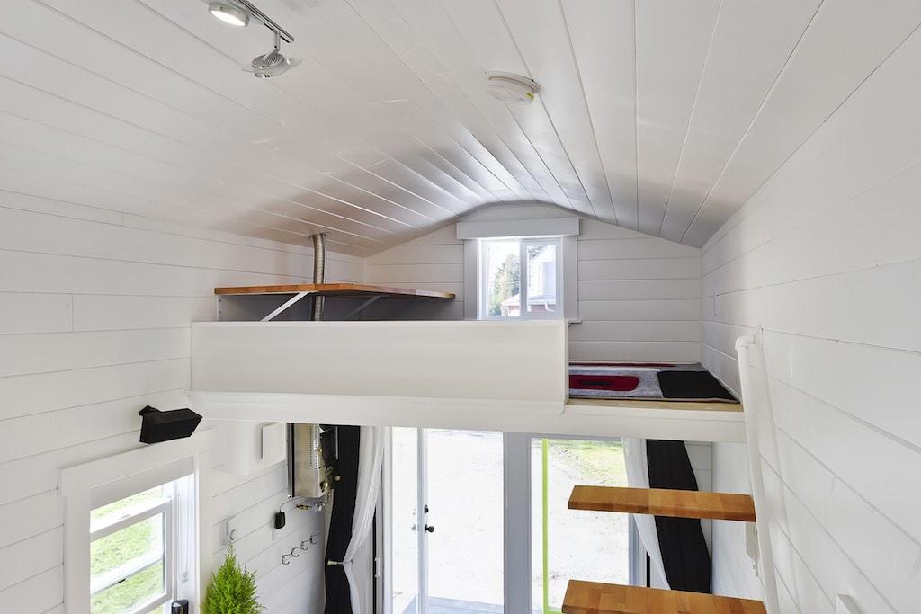 custom-tiny-tiny-living-homes-19