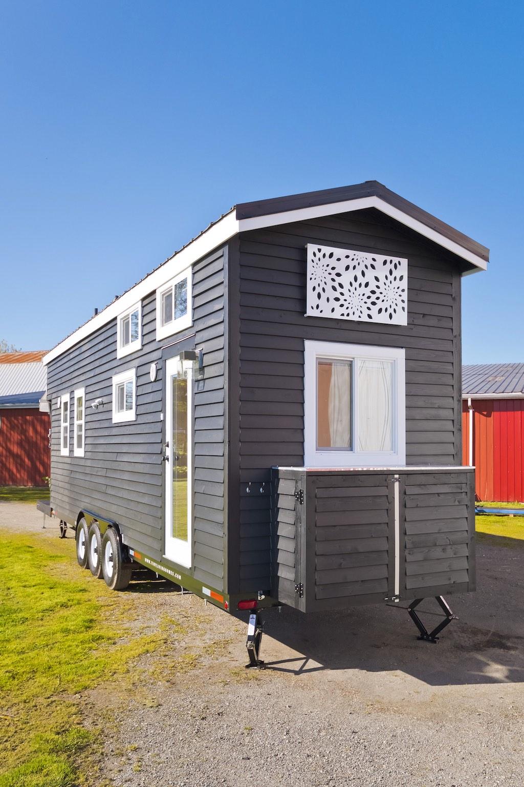 custom-tiny-tiny-living-homes-22