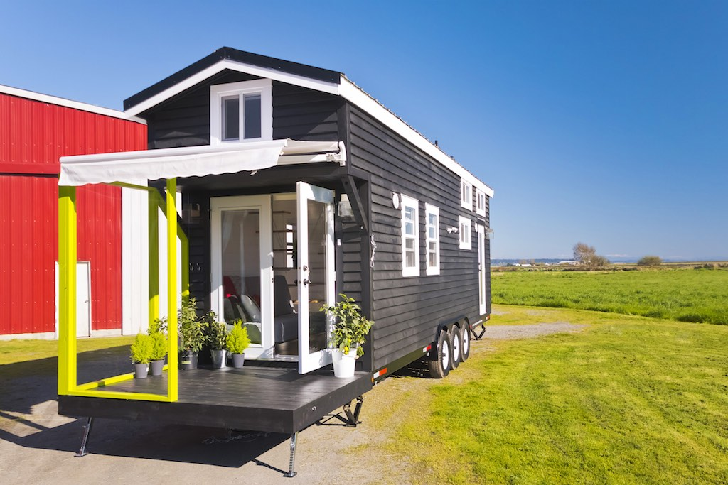 Custom Tiny Tiny House Swoon