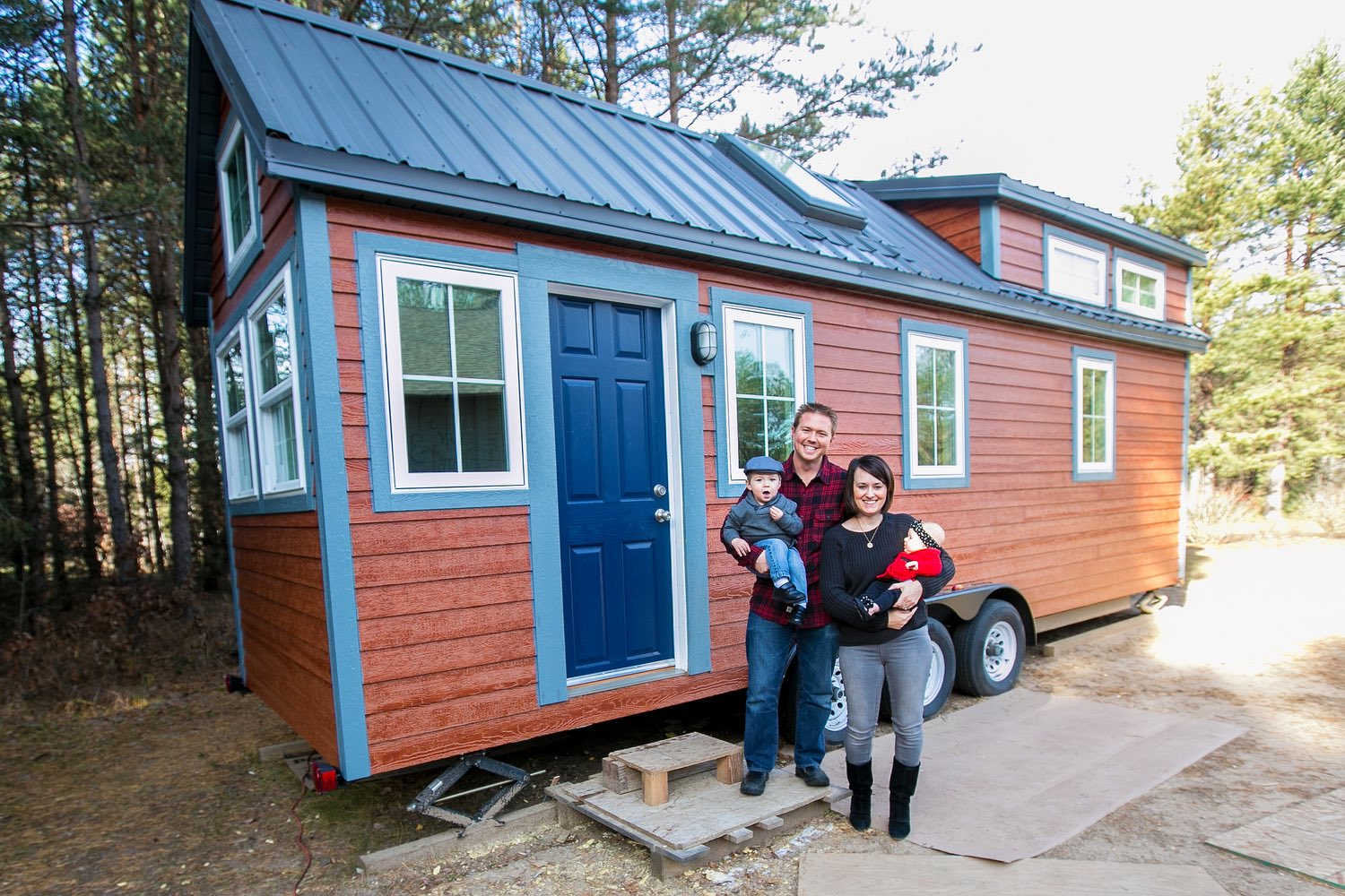 Hogan s haven tiny house swoon - Houses for families withchild ...