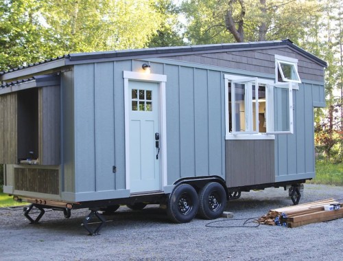 handcrafted-movement-tiny-house-1