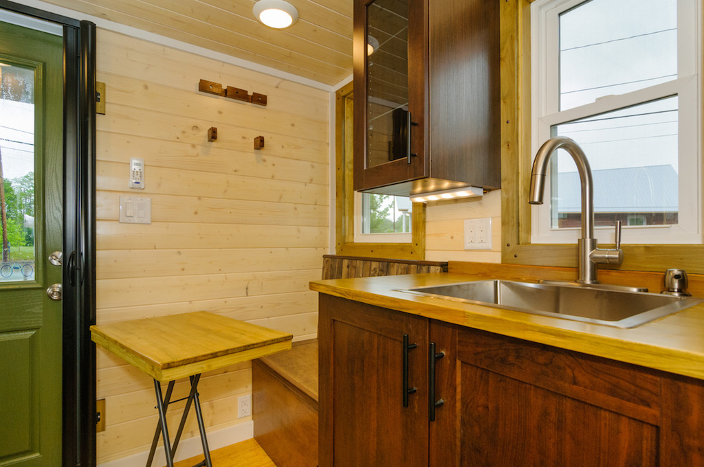 hardy-wishbone-tiny-homes-3