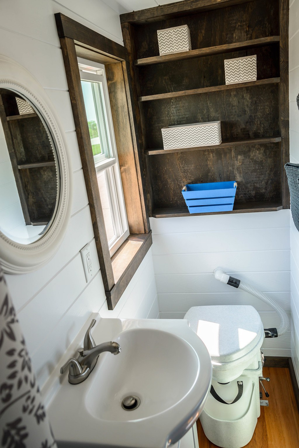 triton-wind-river-tiny-homes-8