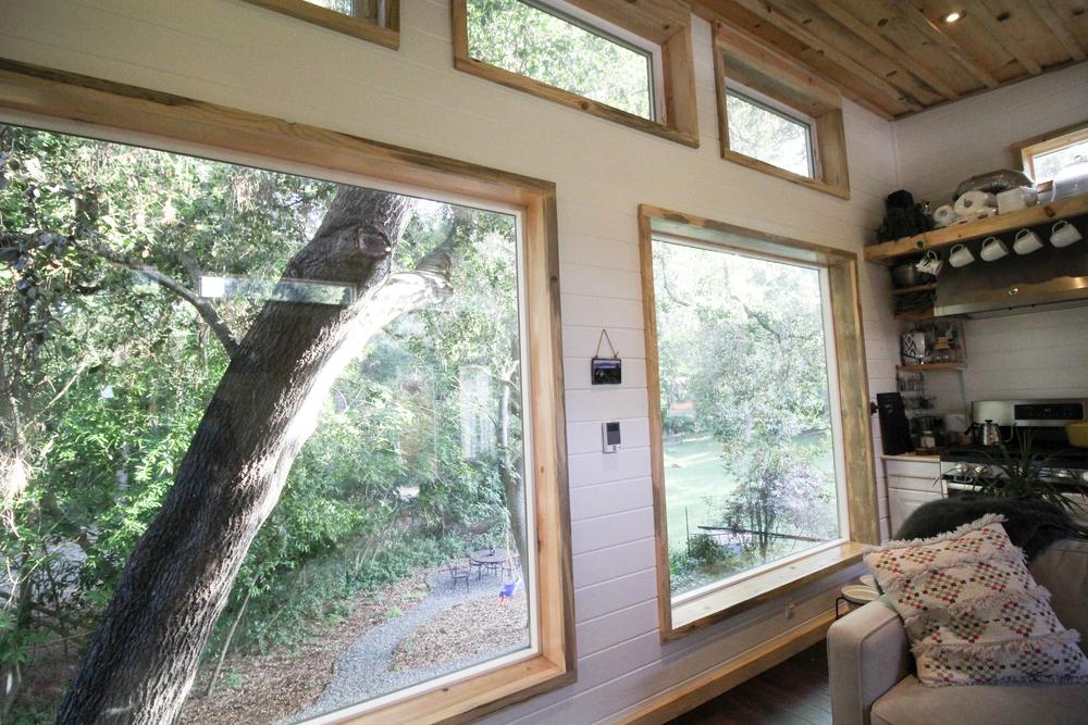 urban-cabin-tiny-portable-cedar-homes-5
