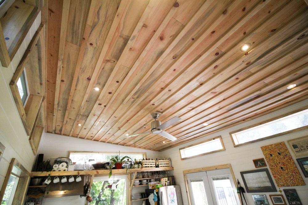 urban-cabin-tiny-portable-cedar-homes-6