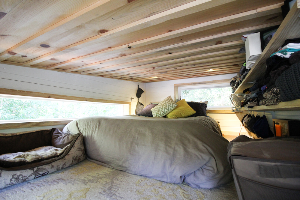 urban-cabin-tiny-portable-cedar-homes-8