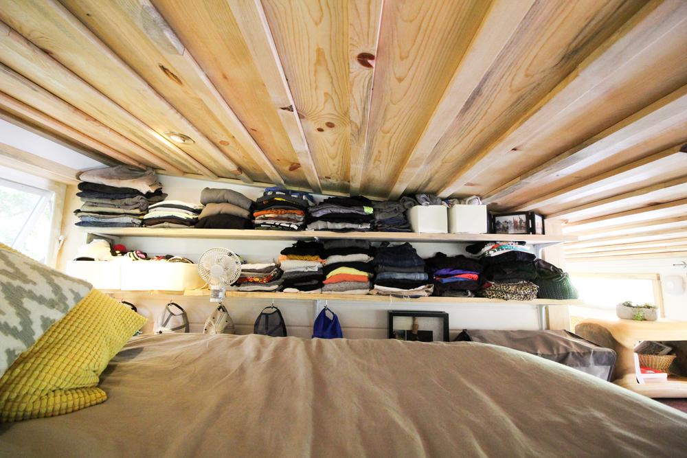 urban-cabin-tiny-portable-cedar-homes-9
